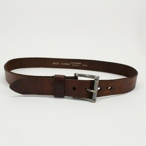 LL Bean Distressed Brown Leather Belt
